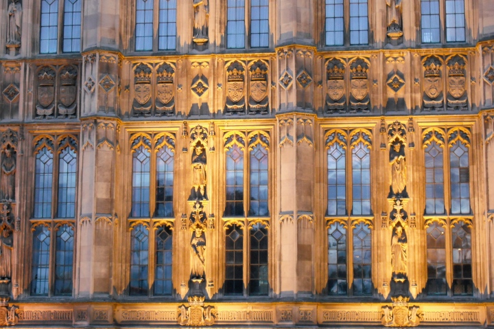 North_Front_detail,_Palace_of_Westminster